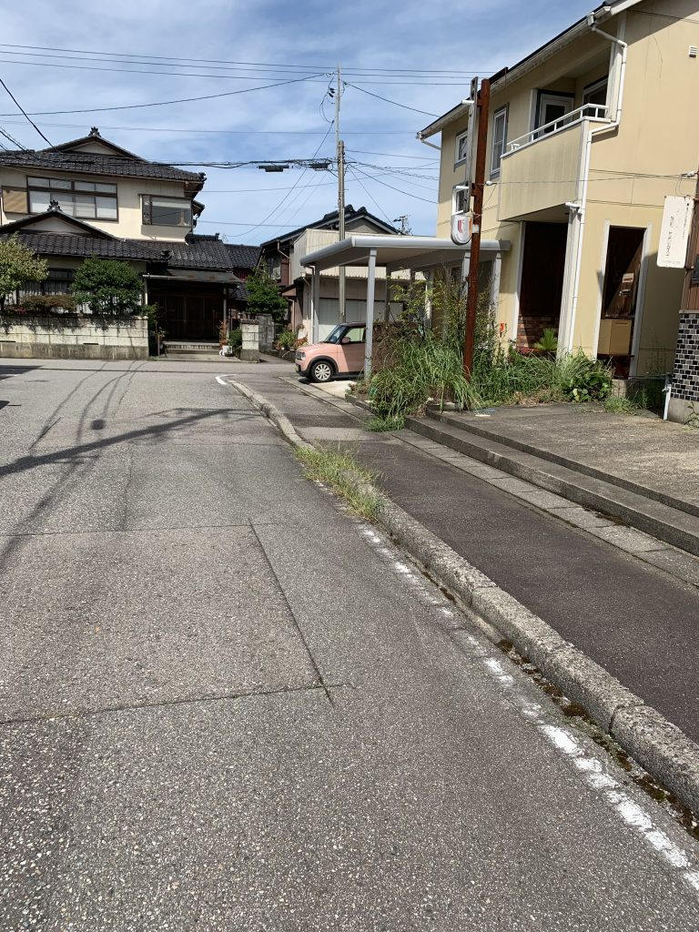 射水市三ケ(さくら町)